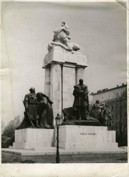 Archív fotó, Tisza István szobor